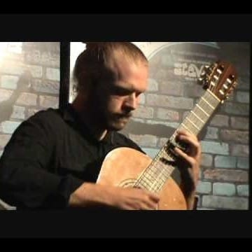 De l'arbre au métal : conférence sur l'histoire de la guitare avec Charles Hobson