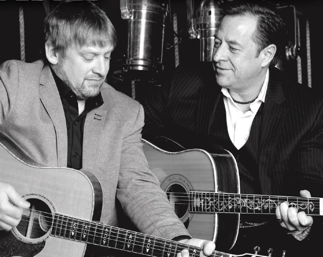 The Tennessee Two, Johnny Cash, Entre amis