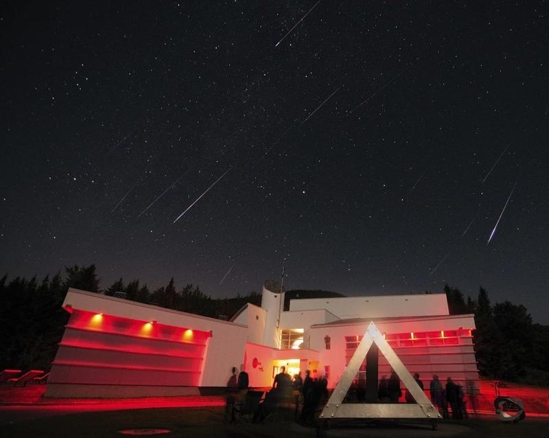 Pluie d'étoiles filantes des Perséides