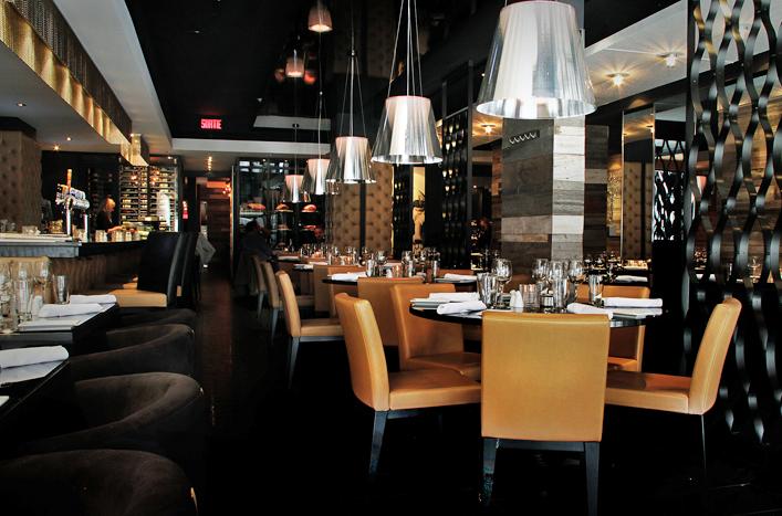 Restaurant le grill tourisme trois rivi res for Buro grill et bar
