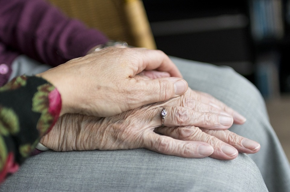 Votre droit de vieillir en dignité